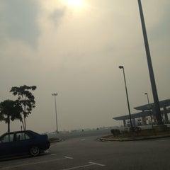 Photo taken at Plaza Tol Saujana Putra by Muhamad Z. on 6/23/2013