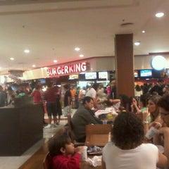 Photo taken at Burger King by Natan V. on 10/12/2012