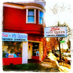 Photo taken at Lois the Pie Queen by Harley C. on 12/2/2012