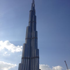 Photo taken at Burj Khalifa / Dubai Mall Metro Station محطة مترو برج خليفة / دبي مول by Merve E. on 2/23/2015