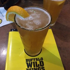Photo taken at Buffalo Wild Wings by Byron M. on 4/22/2015