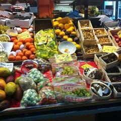 Photo taken at Marheineke Markthalle by Ashema W. on 10/20/2012