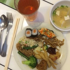 Photo taken at Oriental Buffet by Mina on 8/24/2015
