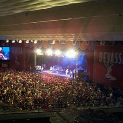 Photo taken at Chevrolet Hall by Canalabalada O. on 2/10/2013