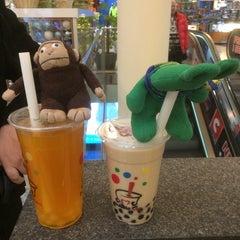 Photo taken at Tea One - Bubble Tea by greenie m. on 1/18/2014