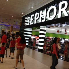 Photo taken at Plaza Singapura by Karen C. on 11/25/2012