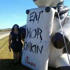 Photo taken at Chick-fil-A by Tracy L. on 1/19/2013