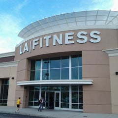 Photo taken at LA Fitness by Maurice S. on 11/5/2012