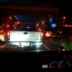 Photo taken at แยกรัชโยธิน (Ratchayothin Intersection) by Nu-Piano Z. on 10/12/2012