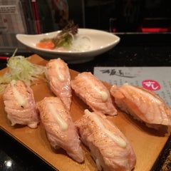 Photo taken at Itacho Sushi 板长寿司 by Joanna E. on 2/25/2015