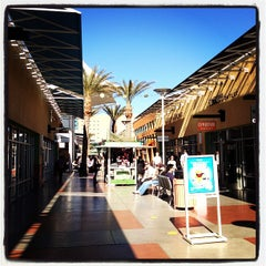 Photo taken at Las Vegas North Premium Outlets by Vanéli C. on 2/15/2013
