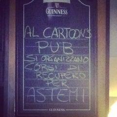 Photo taken at Cartoons Pub by Moreno B. on 10/22/2014