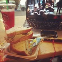 Photo taken at Starbucks by Robb T. on 12/5/2012