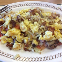 Photo taken at Waffle House by Geoffrey M. on 6/8/2014
