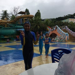 Photo taken at Citra Garden Water Park by Eli Z. on 6/15/2014