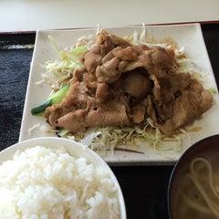 Photo taken at お食事処 大京 by Ichi N. on 5/13/2014