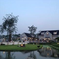 Photo taken at บ้านน้ำเคียงดิน (Ban Nam Kieng Din) by Fai V. on 10/19/2012
