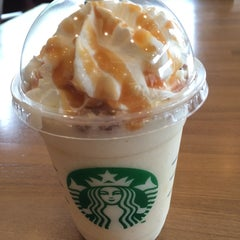 Photo taken at Starbucks Coffee つくば店 by かずぴょん on 4/28/2014
