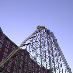 Photo taken at The Desperado Roller Coaster by @VegasBiLL on 9/2/2013