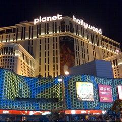 Photo taken at Planet Hollywood Resort & Casino by @VegasBiLL on 6/11/2013