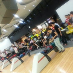 Photo taken at Penang Bowl by E-lin O. on 4/18/2013