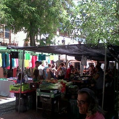 Photo taken at Plaza Larga by Mónica R. on 8/14/2013