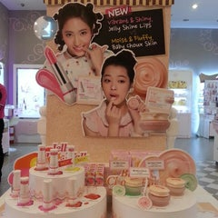 Photo taken at Etude house by Alice L. on 4/5/2013