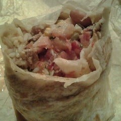 Photo taken at Pancheros Mexican Grill by Don G. on 11/18/2011
