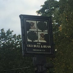Photo taken at The Old Bull & Bush by Mark D. on 9/20/2015