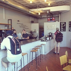 Photo taken at Big Shoulders Coffee by Tom M. on 7/30/2015