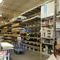 Photo taken at Lowe's Home Improvement by Michael D. on 3/11/2016