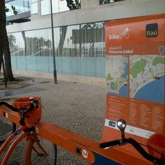 Photo taken at BikeRio - Estação 05 by Rodrigo V. on 10/6/2012