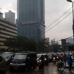 Photo taken at Jalan H.R. Rasuna Said by Anna D. on 8/11/2014