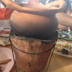 Photo taken at ลาบร้อยเอ็ดจิ้มจุ่ม พระราม 5 by 🍓Laperla 🍰 . on 8/31/2015