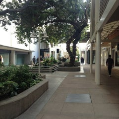 Photo taken at Stanford Shopping Center by Abdulrahman A. on 3/28/2013