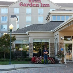 Photo taken at Hilton Garden Inn by Sam D. on 9/26/2013