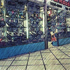 Photo taken at Shopping dos Fabricantes 2 by Klefesson P. on 8/17/2013