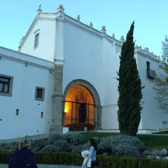 Photo taken at Convento do Espinheiro Hotel & Spa by Evgeniy U. on 4/7/2013