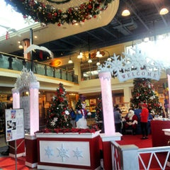 Photo taken at Billings Bridge Shopping Centre by Irwan A. on 11/22/2012