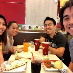 Photo taken at KFC by Mariflor R. on 3/6/2015