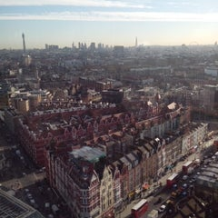 Photo taken at Hilton London Metropole Hotel by Ronnie B. on 2/7/2013