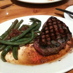 Photo taken at Black Angus Steakhouse by Christian T. on 8/31/2013