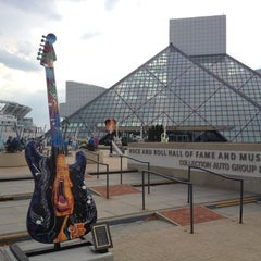 Photo taken at The Rock and Roll Hall of Fame and Museum by Dmitry 🚀 P. on 9/14/2012