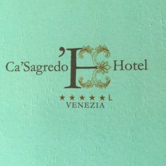 Photo taken at Ca' Sagredo Hotel Venice by Hungry Domaine ~. on 9/10/2015