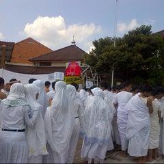Photo taken at Lapangan SMA Negeri 5 Semarang by Karina L. on 5/3/2013