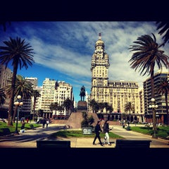 Photo taken at Plaza Independencia by Pedro A. on 10/18/2012