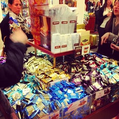 Photo taken at Ghirardelli Ice Cream & Chocolate Shop by Lidia L. on 5/24/2013