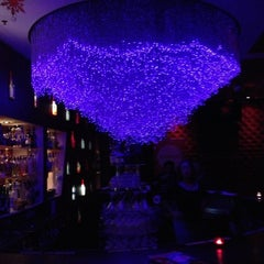 Photo taken at Vango Lounge And Skybar by MISSLISA on 1/4/2013