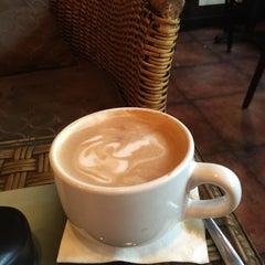 Photo taken at Rockn' Joe Coffeehouse & Bistro by Mike S. on 9/6/2015