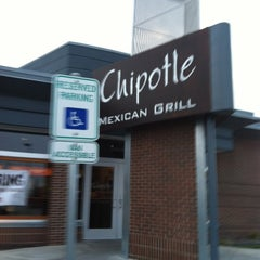 Photo taken at Chipotle Mexican Grill by JJ G. on 12/7/2012